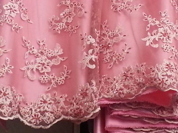 Dentelle brodée blanc haute couture 501784-12 128cm